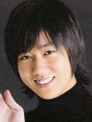 Abe Ryohei (2010)